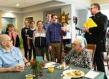 Youth of St. Mary's of New Britain, CT Ministers to the Elderly